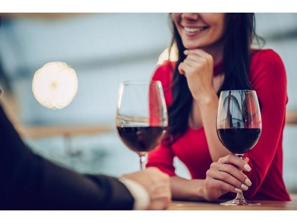 Как выбрать хорошее вино для свидания с девушкой?