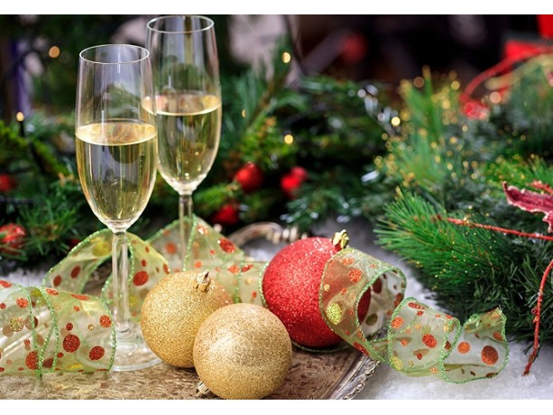 Как выбрать шампанское и вино к Новому году