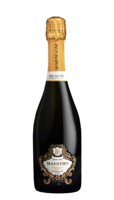 Игристое вино Badagoni Maestro белое п/сухое 0.75л